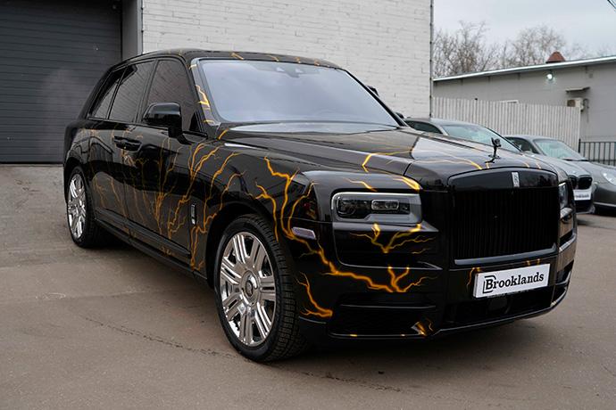 Rolls Royce Cullinan после оклейки